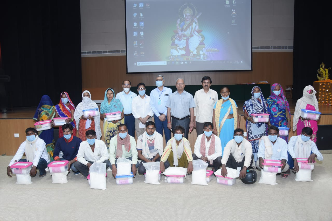 Distribution of First Aid Kits to Schedule Caste Animal Keepers under DIMSCA project funded by ICAR
